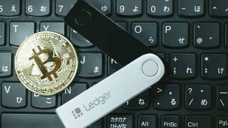 【はじめて使う】仮想通貨ハードウェアウォレットの使い方【注意点】アイキャッチ画像